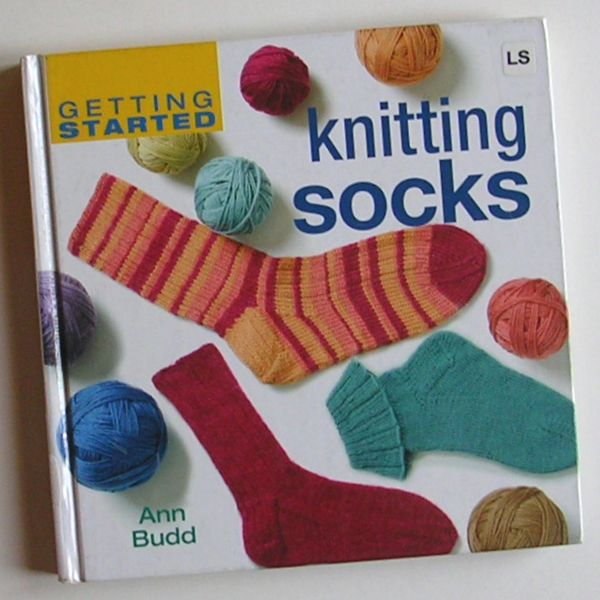 Handcrafting With Love: Review: Getting Started Knitting Socks