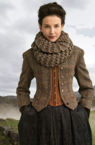 Outlander the Series Kit: Return to Inverness Cowl (Knit)