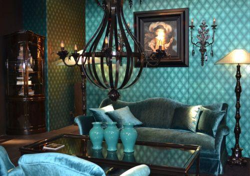 Salas color turquesa colores en casa for Sala de estar oscura