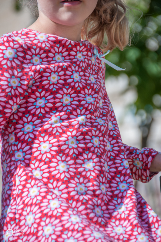 Kleid mit UBoot-Ausschnitt nach lillesol&pelle- pigugi.blogspot.com