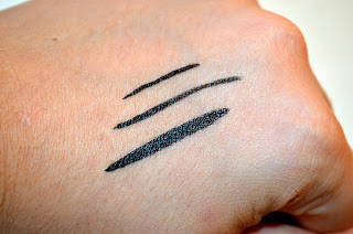 Extreme 24 hour felt tip liner - collection - collection 2000 - review - swatches