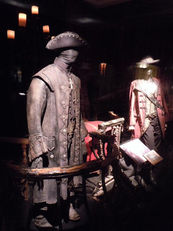 Pirates On Stranger Tides movie costumes
