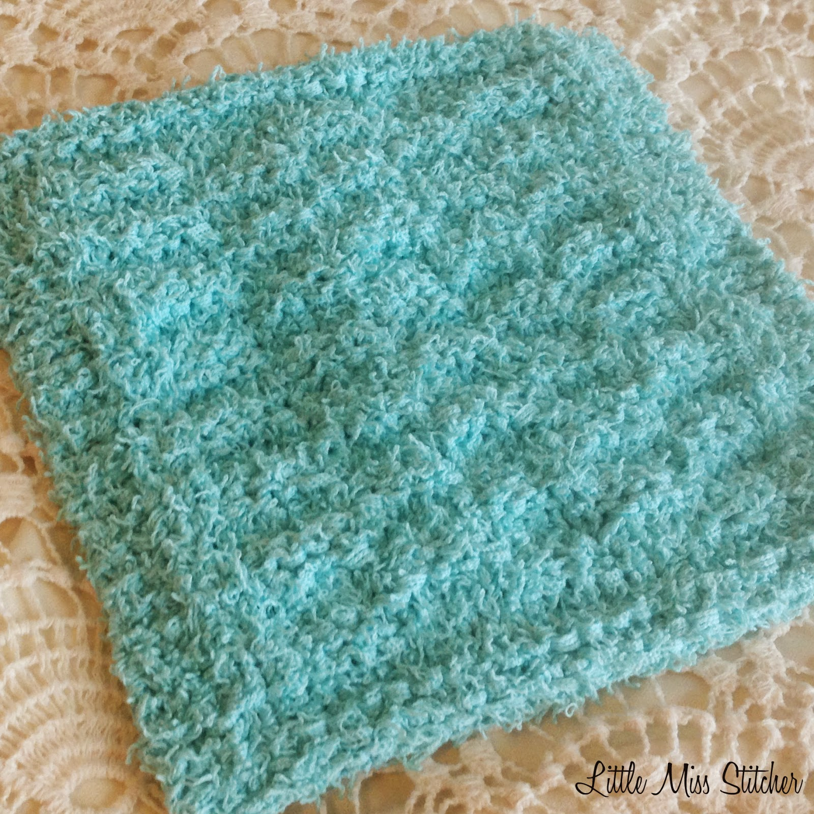 Free Knitted Round Dishcloth Patterns : Little Miss Stitcher: Scrubby Dishcloth Pattern