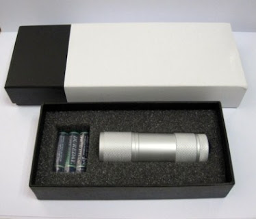 "CENTRUM LINK - NEW - ""Metal 9 LED Bulbs TORCHLIGHT"""