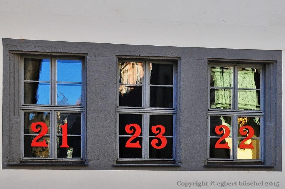 fenster blog fenster 21 wo ist nur das 21 fenster versteckt. Black Bedroom Furniture Sets. Home Design Ideas
