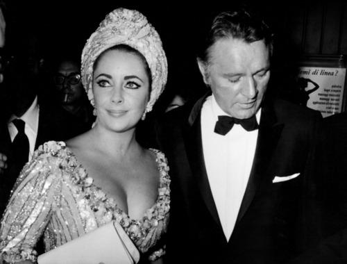Elizabth Taylor and Richard Burton, A Love Affair Like No ...