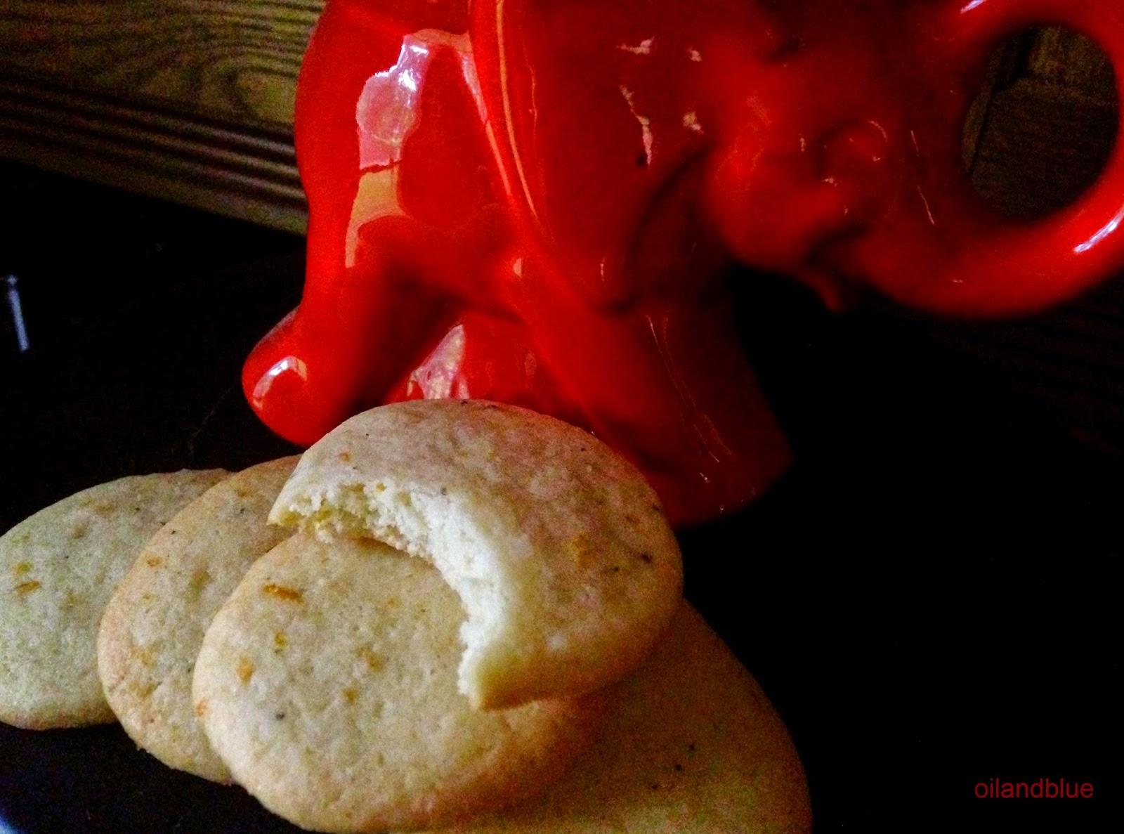 http://oilandblue.blogspot.com/2014/08/hot-night-in-mumbai-saffron-pepper.html