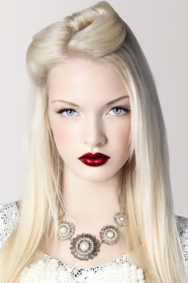 Platinum-Blonde Red Lips