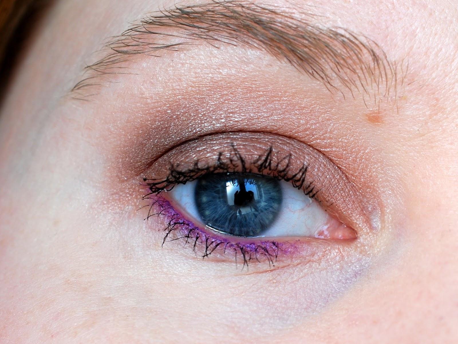 AMU KIKO Sportproof Active Colours Kollektion Orchid Violett Eyeliner und Gradient Brown Lidschatten Infinity Trio