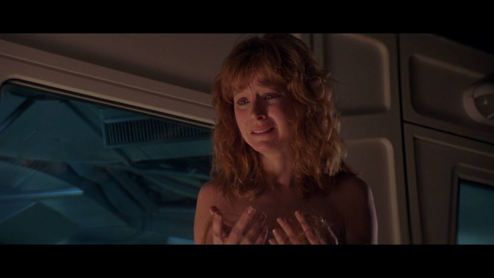 The gallery for --> Amanda Pays Leviathan