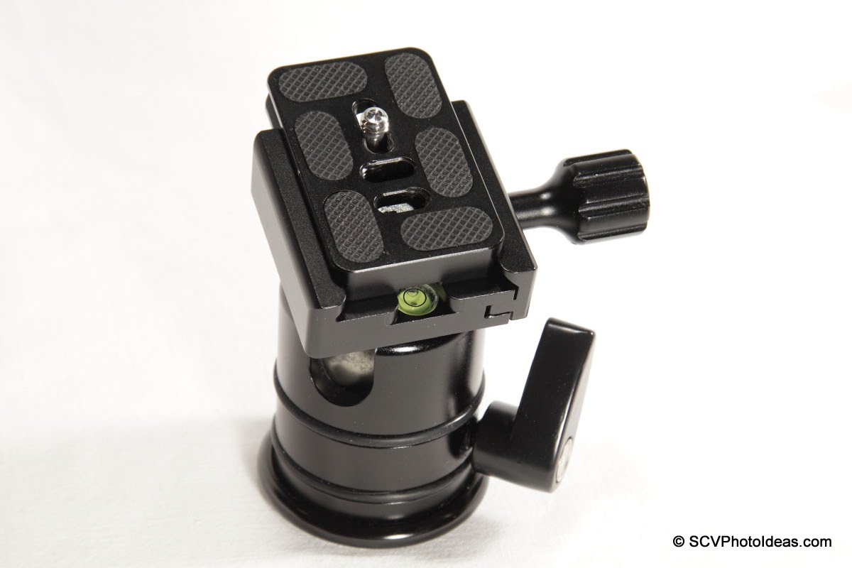 Desmond DAC-01 QR Clamp on Triopo RS-3 ball head w/ offset Arca plate