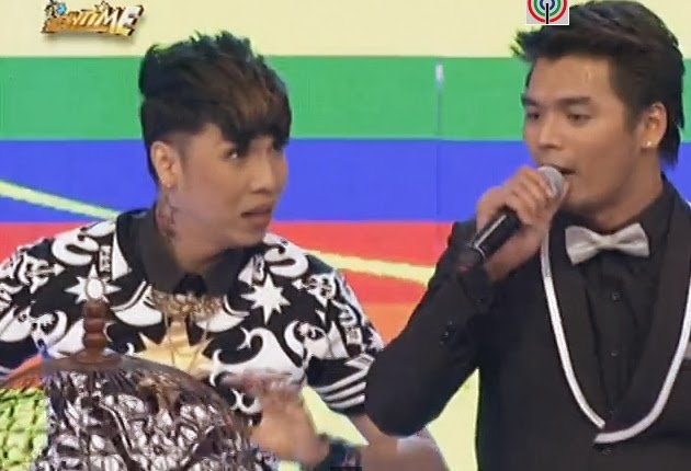 Vice Ganda quips 'Vhong Navarro jokes' with I Am Pogay contestant Limuel 'EWEN' Dizon on It's Showtime