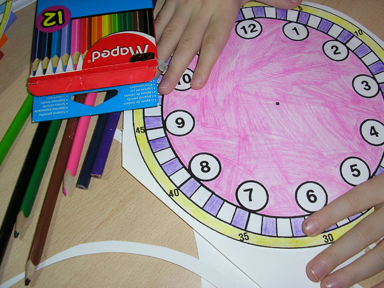 Как сделать часы для ребёнка 194