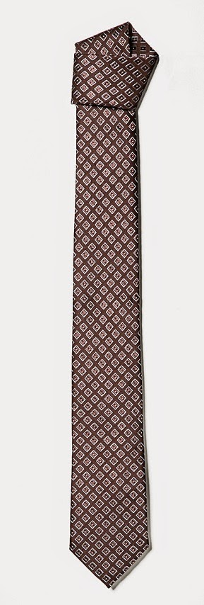 http://shop.mango.com/ES/p0/hombre/accesorios/corbata-seda-rombos/?id=33030150_06&n=1&s=accesorios_he.corbata_he&ident=0_accesorio138_0_1417510158184&ts=1417510158184