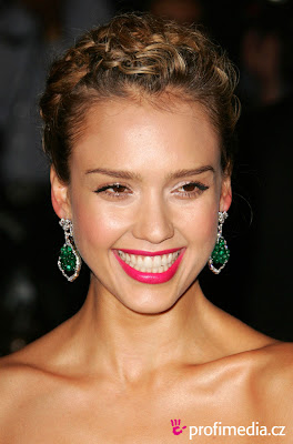 Jessica Alba Hairstyles Pictures, Long Hairstyle 2011, Hairstyle 2011, New Long Hairstyle 2011, Celebrity Long Hairstyles 2029