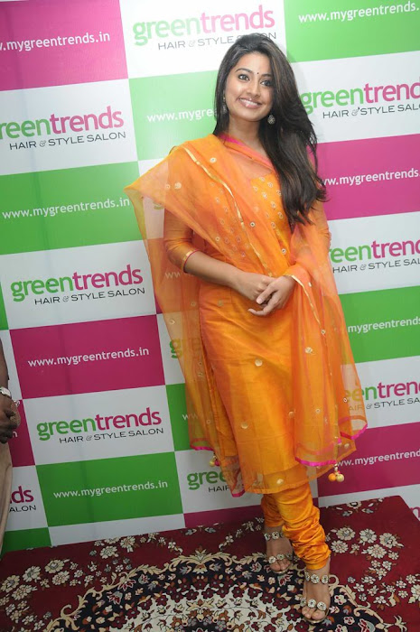 sneha sizzling new @ green trends launch hot photoshoot