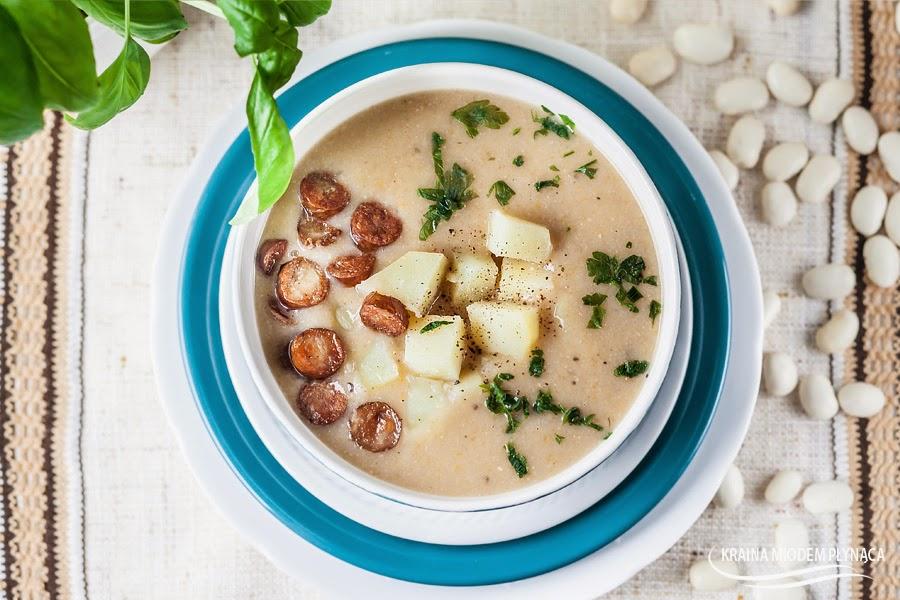zupa fasolowa, fasolówka, zupa z fasoli, zupa krem z fasoli, zupa krem fasolowa, fasola biała, danie z fasoli, dania z fasoli, kraina miodem płynąca