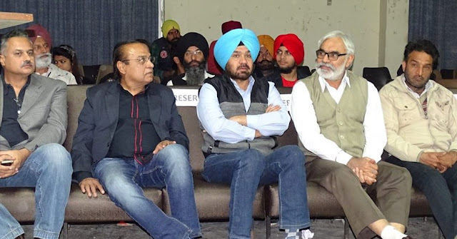 Pardeep Singh, Krishan Kamal, Nirmal Jaura, Balwinder Gill and Tarlochan Singh at Ludhiana Short Film Meet