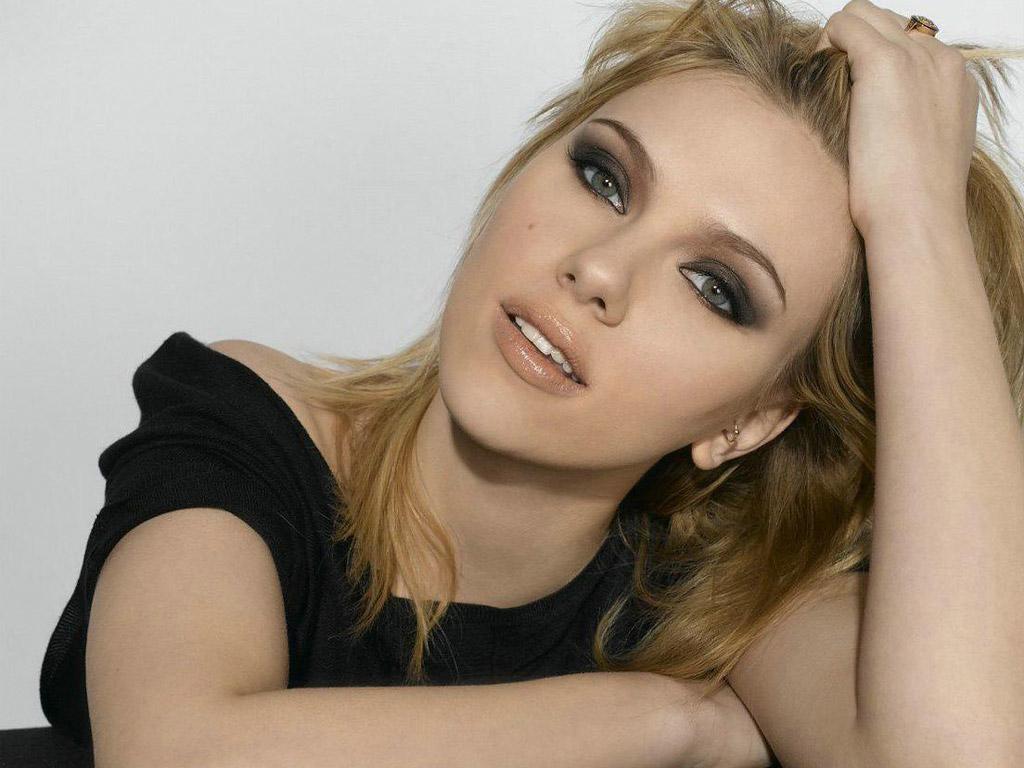 http://2.bp.blogspot.com/-JSoFx9YU7d4/T8bhCJrPo_I/AAAAAAAAC_I/qdU75dLSrsk/s1600/pretty_scarlett_johansson-6293.jpg