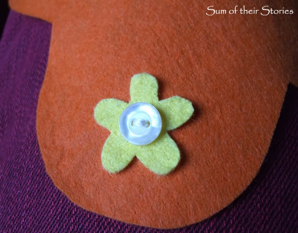 step 1 to make an easy felt needle case