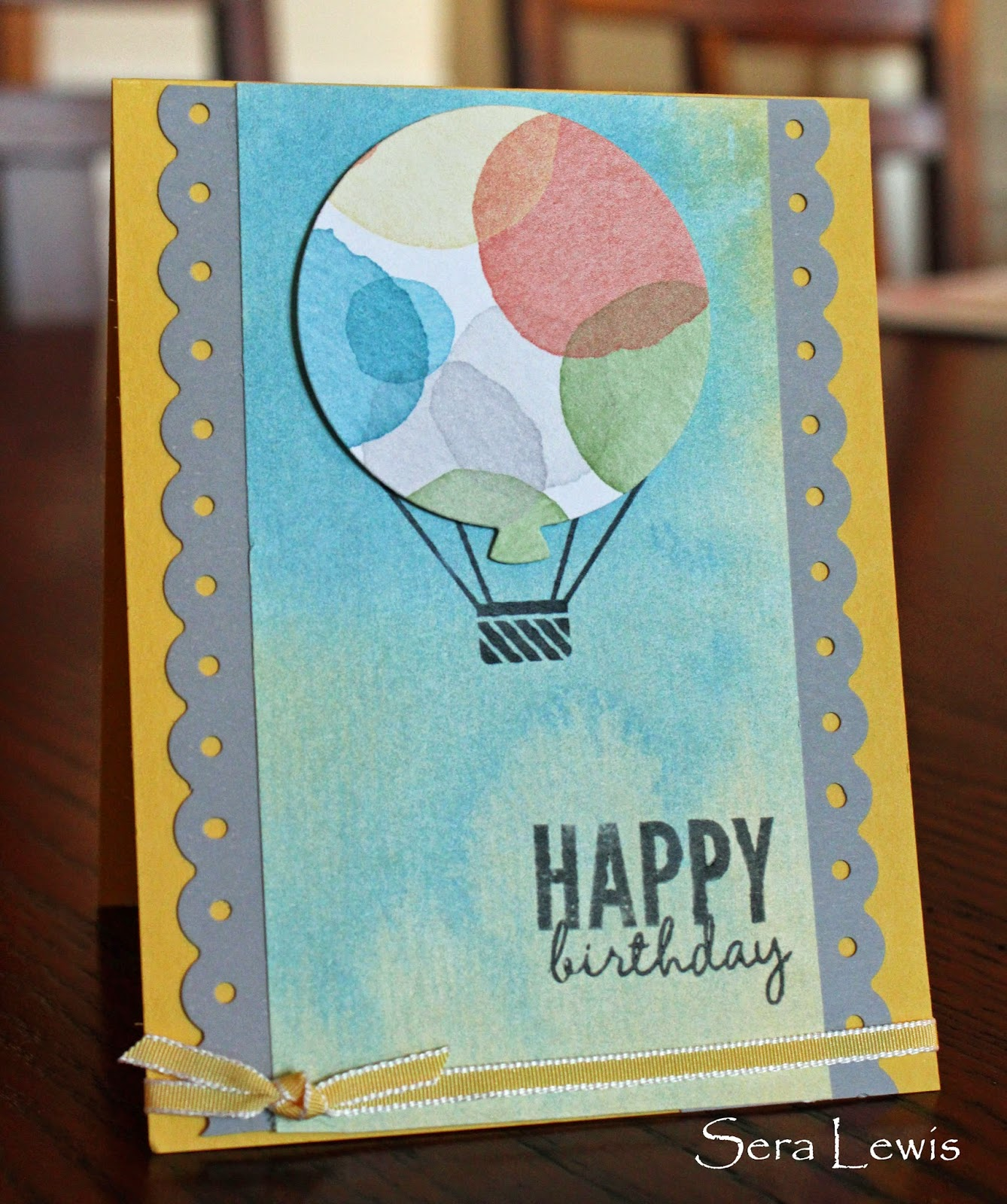 Simple birthday card using balloon framelits