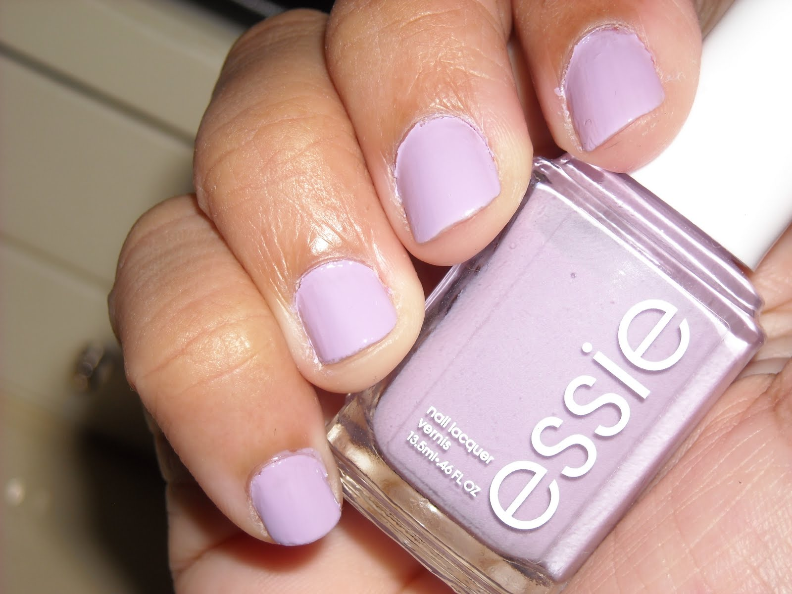 the curious case of a fashion lover: Review: Essie\'s \
