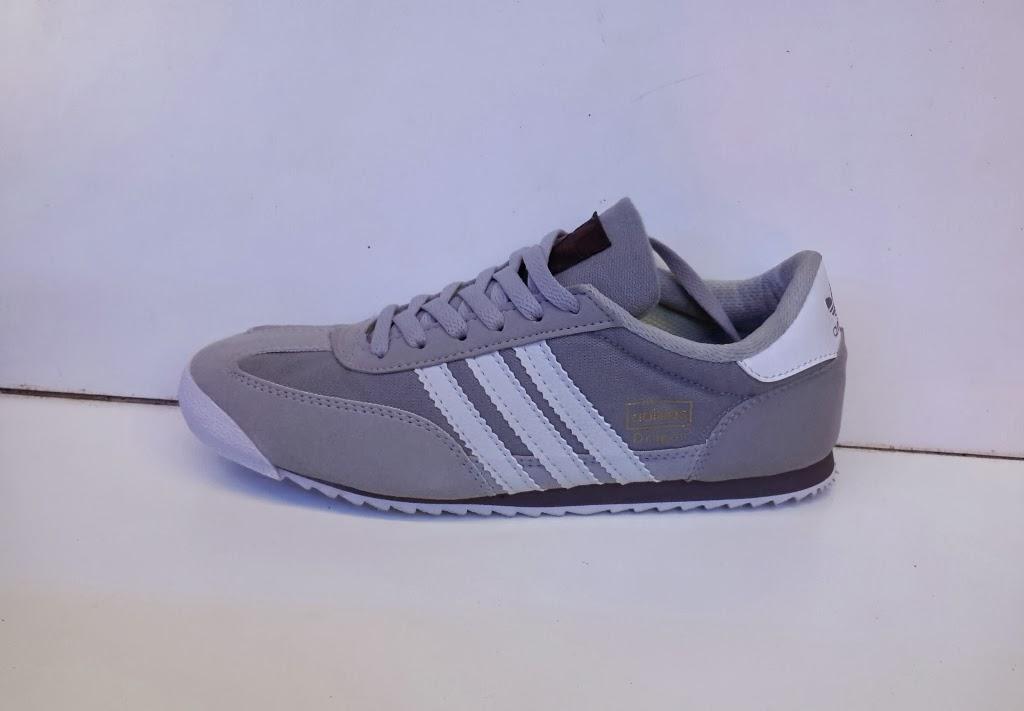 sepatu Adidas Dragon warna abu-abu