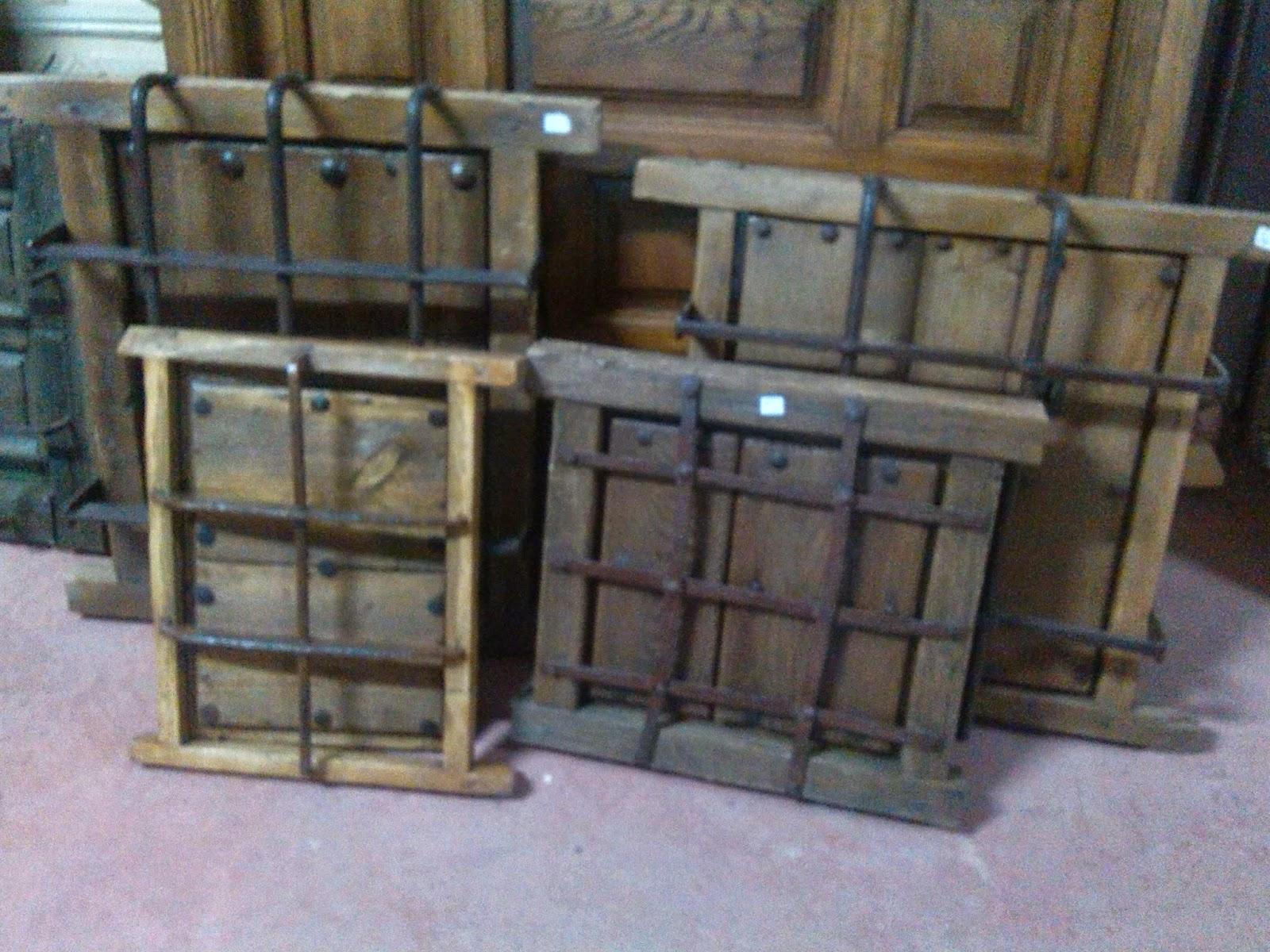 Herrajes para puertas antiguas herrajes para puertas for Herrajes muebles antiguos