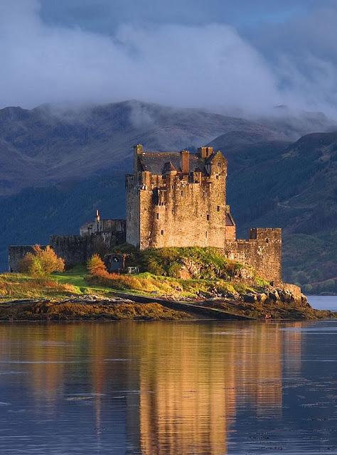Castelo de Eilean Donan: cenário ideal para dramas históricos