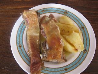 Αρνάκι με πατάτες στο φούρνο μούρλια φαγητό!