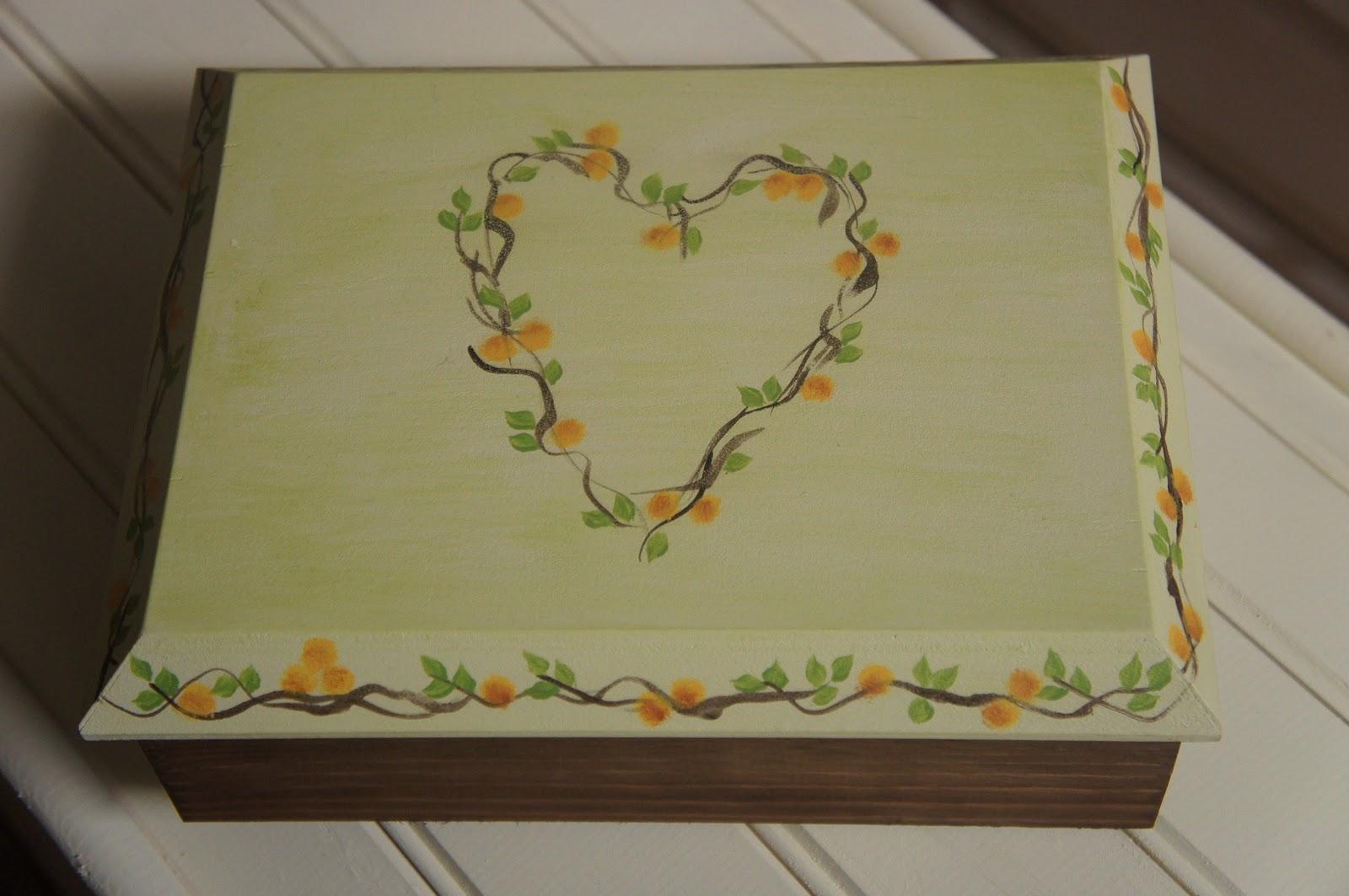 Artesania abona cofres bandejas y ba les pintados a mano - Cajas decoradas a mano ...