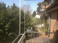 Katzennetz und Blumenkasten Ratingen Balkon