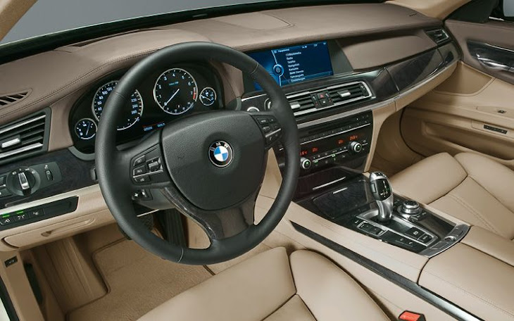BMW X1 [interior]