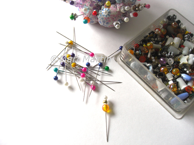 How to Decorative Pins