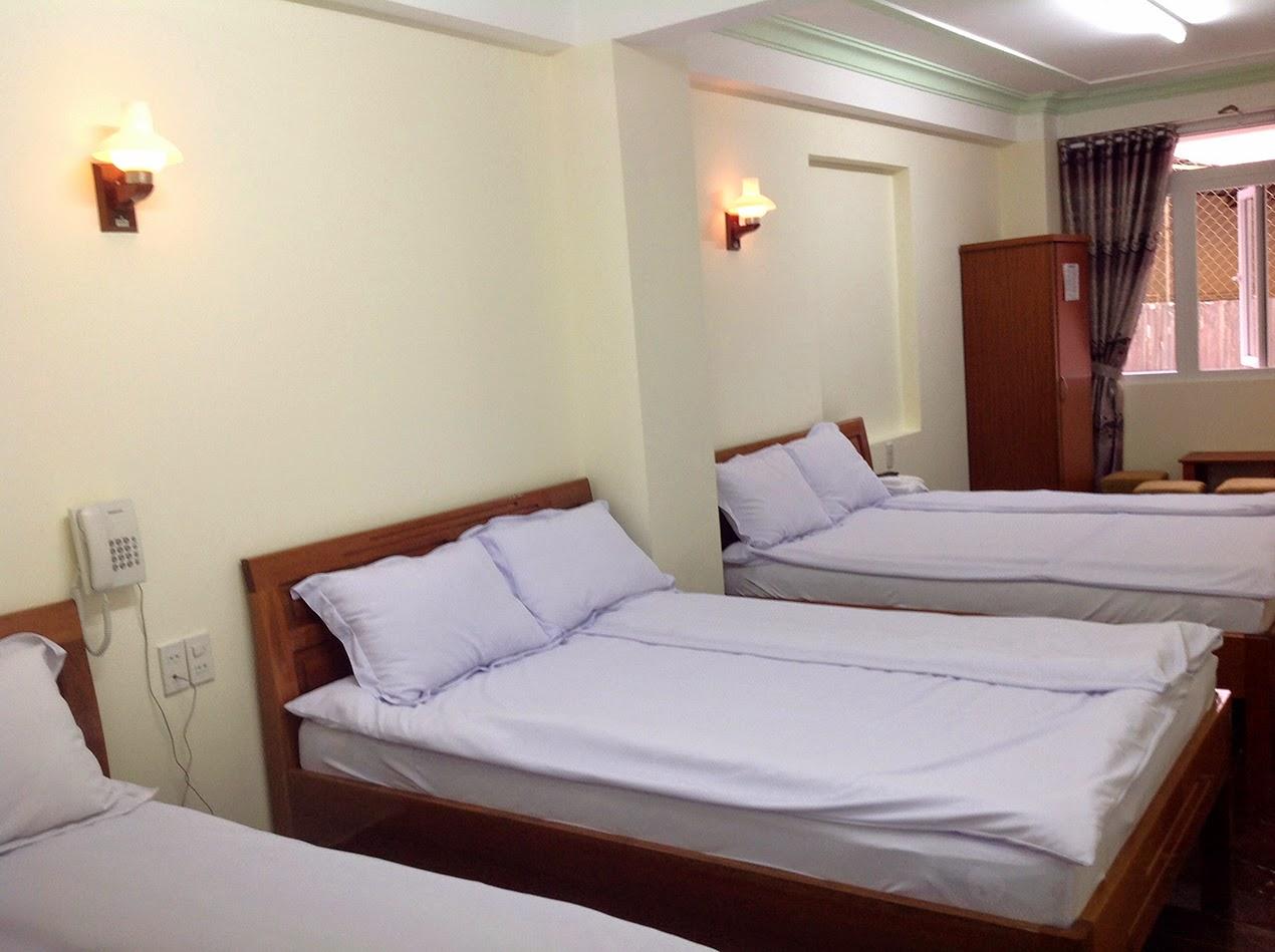 Kết quả hình ảnh cho phòng ngủ có 3 giường