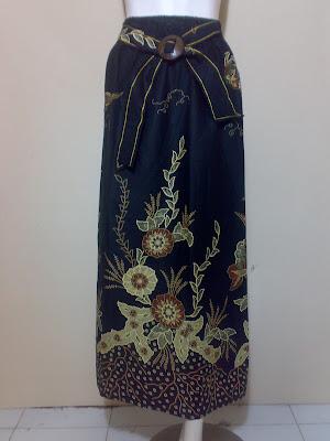 Model Rok Panjang Muslimah Batik Modern