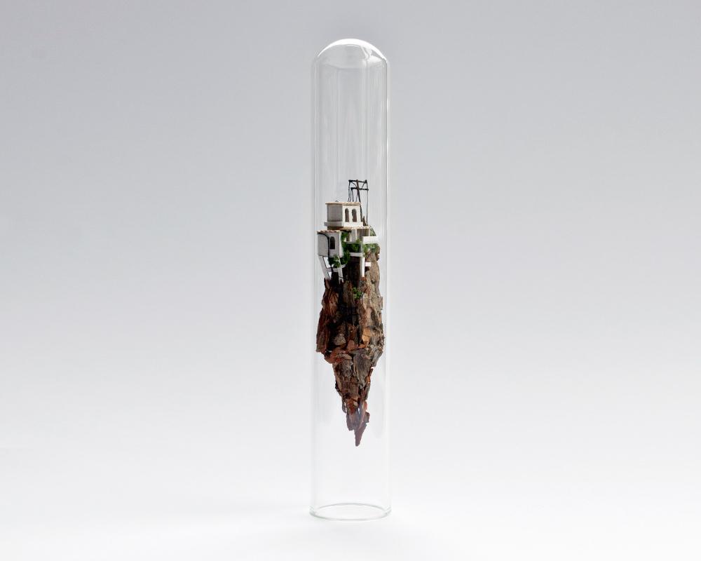 10-Rosa-de-Jong-Architectural-Miniature-Worlds-Inside-Glass-Test-Tubes-www-designstack-co