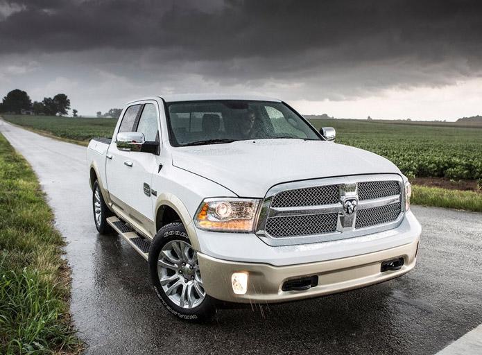 Dodge RAM 1500 2013 estréia nos EUA