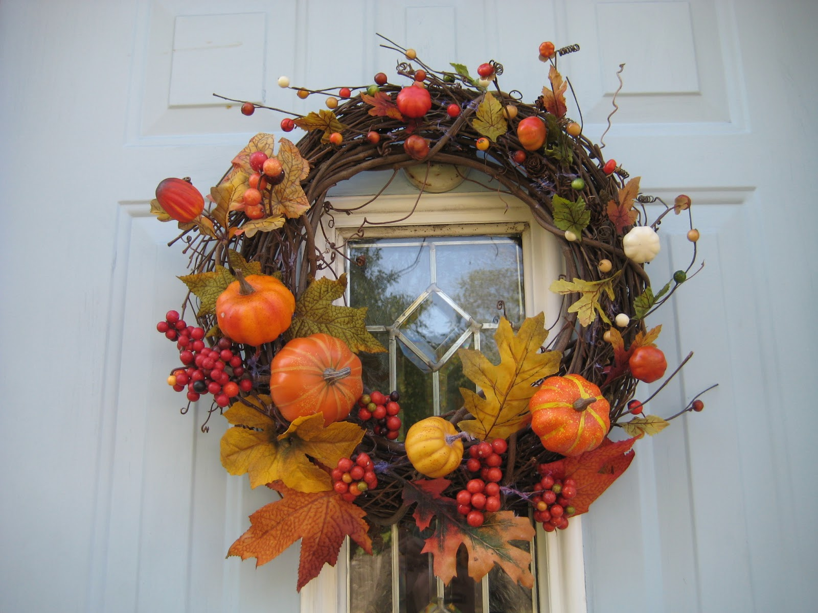Can I Put My Christmas Decorations Up In November : Majenta designs easy diy autumn wreath tutorial