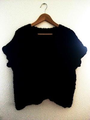 poncho noir tricot