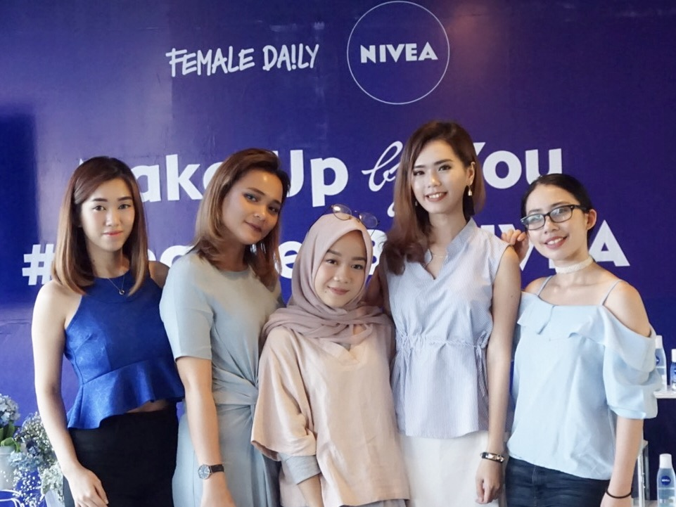 Queen Bee New Nivea Eye Makeup Remover X Female Daily