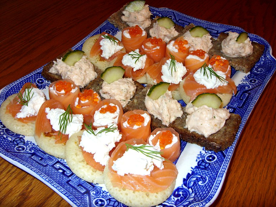 Jenny eatwell 39 s rhubarb ginger smoked salmon mousse for Smoked salmon mousse canape