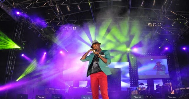 PICTURES: MONKALS ON STAGE AT (CALABAR CARNIVAL 2012)