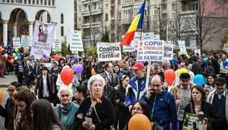 Tribuna.ro: FOTO-VIDEO: 1.000 de persoane, la Marșul pentru Viață din Sibiu...