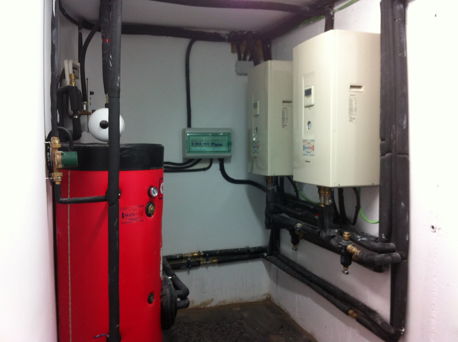 Climatizaci n aerotermia geotermia y renovables para - Bomba de frio para suelo radiante ...
