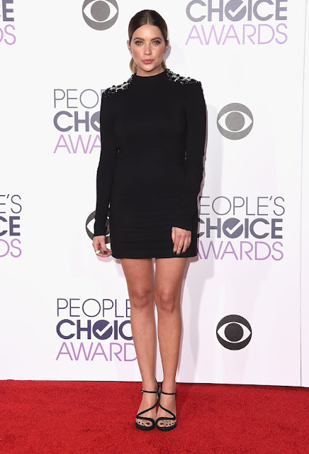 ashley benson people choice awards