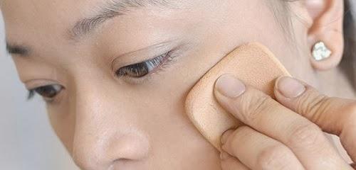 wajah dan garis make secara up tepi yang cantik meninggalkan hingga cara  agar make merata tidak natural up