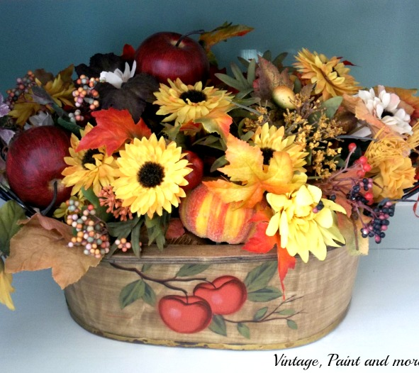 Vintage, Paint and more... fall flower arrangement, fall colors, rustic fall centerpiece