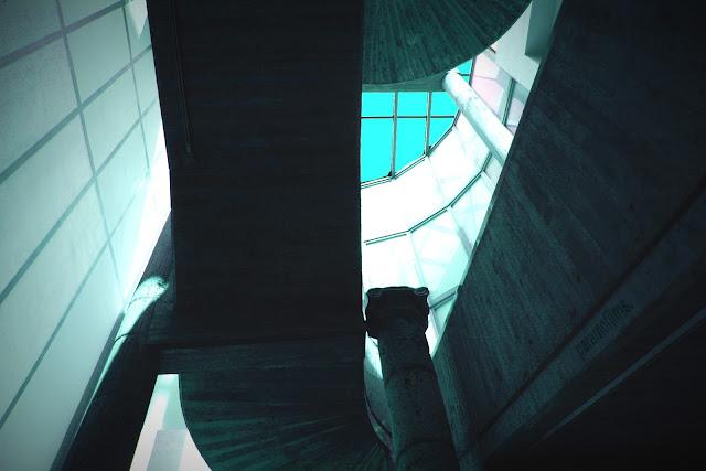 La escalera del Museo, 2012 (cc) Abbé Nozal