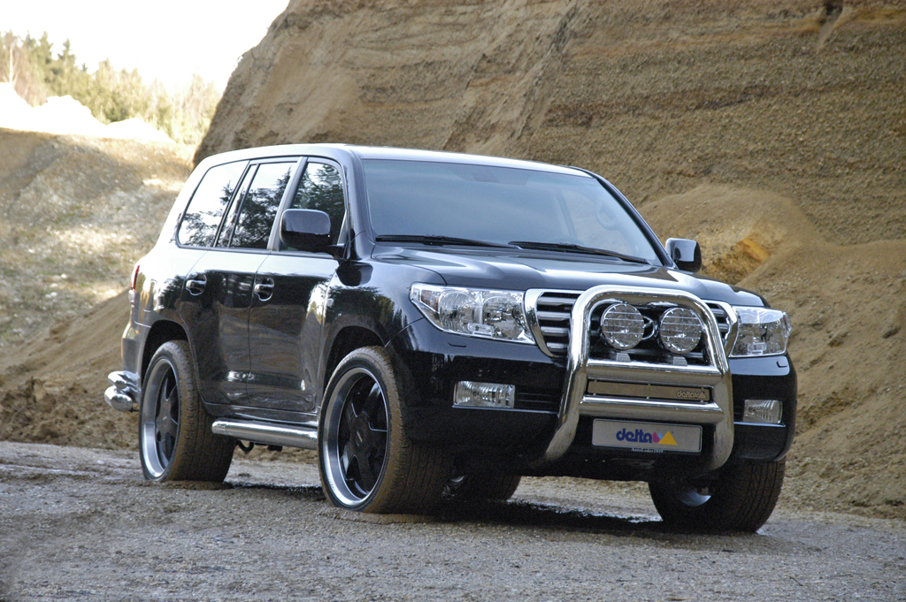 2012-Land-CruiserToyota Land Cruiser 4x4 Off Road